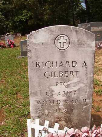 GILBERT (VETERAN WWII), RICHARD A - Columbia County, Arkansas | RICHARD A GILBERT (VETERAN WWII) - Arkansas Gravestone Photos