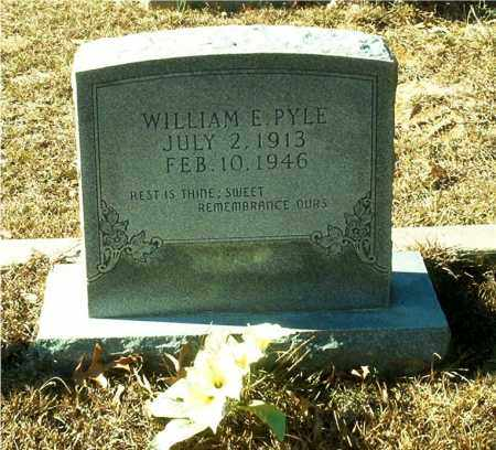 PYLE, WILLIAM E. - Columbia County, Arkansas | WILLIAM E. PYLE - Arkansas Gravestone Photos