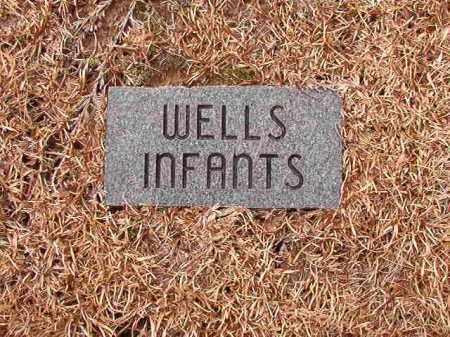 WELLS, INFANTS - Columbia County, Arkansas | INFANTS WELLS - Arkansas Gravestone Photos