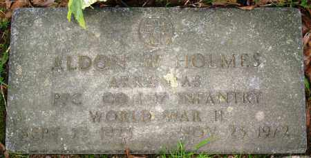 HOLMES (VETERAN WWII), ALDON W - Conway County, Arkansas | ALDON W HOLMES (VETERAN WWII) - Arkansas Gravestone Photos