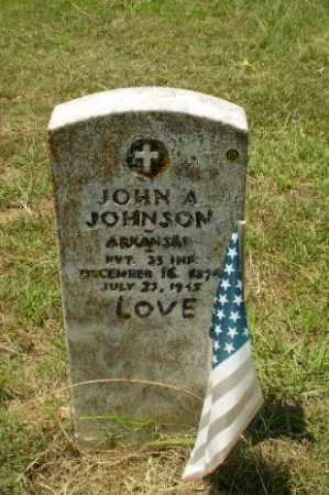 JOHNSON (VETERAN), JOHN A - Craighead County, Arkansas | JOHN A JOHNSON (VETERAN) - Arkansas Gravestone Photos
