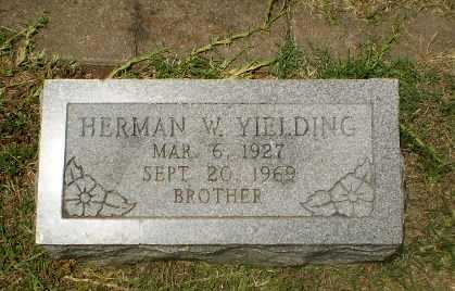 YIELDING, HERMAN W - Craighead County, Arkansas | HERMAN W YIELDING - Arkansas Gravestone Photos