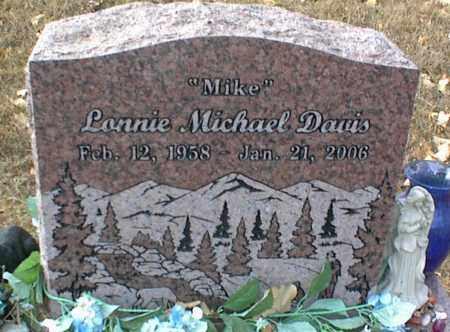 DAVIS, LONNIE MICHAEL - Crawford County, Arkansas | LONNIE MICHAEL DAVIS - Arkansas Gravestone Photos