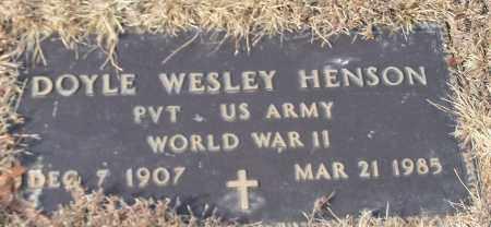 HENSON (VETERAN WWII), DOYLE WESLEY - Crawford County, Arkansas | DOYLE WESLEY HENSON (VETERAN WWII) - Arkansas Gravestone Photos