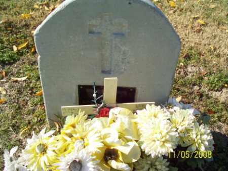 BROWN, KENNETH BERNARD - Crittenden County, Arkansas | KENNETH BERNARD BROWN - Arkansas Gravestone Photos