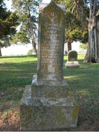 BRYANT, DR., T D - Cross County, Arkansas | T D BRYANT, DR. - Arkansas Gravestone Photos