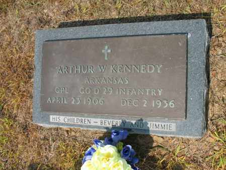 KENNEDY (VETERAN), ARTHUR W - Cross County, Arkansas | ARTHUR W KENNEDY (VETERAN) - Arkansas Gravestone Photos