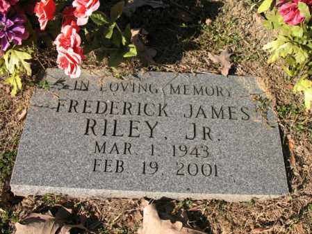 RILEY, JR., FREDERICK JAMES - Cross County, Arkansas   FREDERICK JAMES RILEY, JR. - Arkansas Gravestone Photos