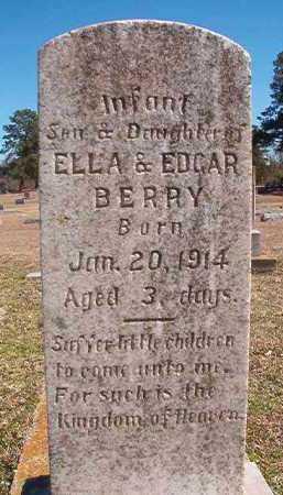 BERRY, INFANT DAUGHTER - Dallas County, Arkansas | INFANT DAUGHTER BERRY - Arkansas Gravestone Photos