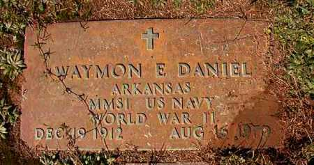 DANIEL (VETERAN WWII), WAYMON E - Dallas County, Arkansas | WAYMON E DANIEL (VETERAN WWII) - Arkansas Gravestone Photos