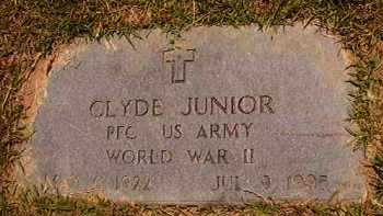 JUNIOR (VETERAN WWII), CLYDE - Dallas County, Arkansas | CLYDE JUNIOR (VETERAN WWII) - Arkansas Gravestone Photos