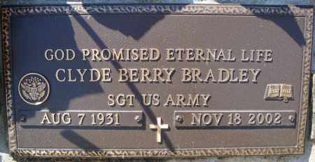 BRADLEY (VETERAN), CLYDE BERRY - Faulkner County, Arkansas | CLYDE BERRY BRADLEY (VETERAN) - Arkansas Gravestone Photos