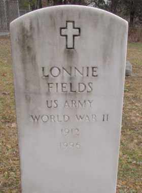 FIELDS (VETERAN WWII), LONNIE - Faulkner County, Arkansas | LONNIE FIELDS (VETERAN WWII) - Arkansas Gravestone Photos