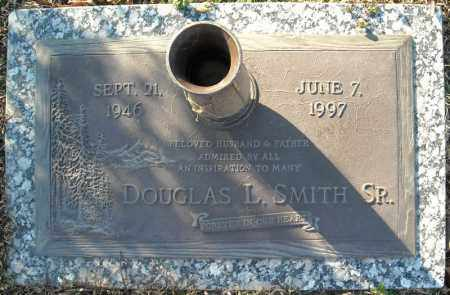 SMITH, SR., DOUGLAS L. - Faulkner County, Arkansas | DOUGLAS L. SMITH, SR. - Arkansas Gravestone Photos