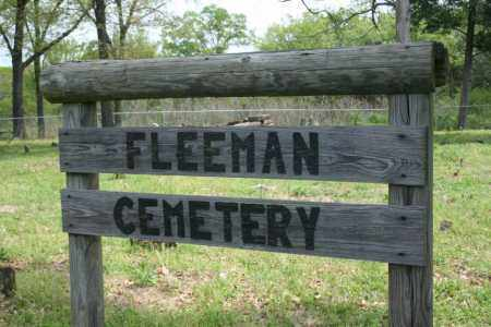 *FLEEMAN  ENTRANCE SIGN,  - Franklin County, Arkansas |  *FLEEMAN  ENTRANCE SIGN - Arkansas Gravestone Photos