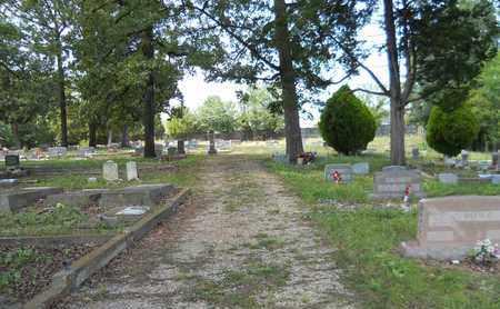 *FOURCHE LOUPE CEMETERY, ENTRANCE - Garland County, Arkansas   ENTRANCE *FOURCHE LOUPE CEMETERY - Arkansas Gravestone Photos