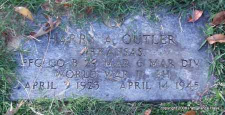OUTLER (VETERAN WWII), HARRY A. - Garland County, Arkansas | HARRY A. OUTLER (VETERAN WWII) - Arkansas Gravestone Photos