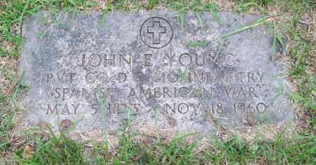 YOUNG (VETERAN SAW), JOHN E. - Garland County, Arkansas | JOHN E. YOUNG (VETERAN SAW) - Arkansas Gravestone Photos