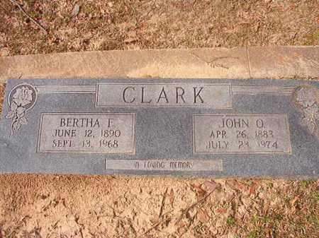 CLARK, BERTHA F - Hempstead County, Arkansas | BERTHA F CLARK - Arkansas Gravestone Photos