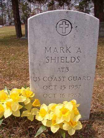 SHIELDS (VETERAN), MARK A - Hempstead County, Arkansas | MARK A SHIELDS (VETERAN) - Arkansas Gravestone Photos