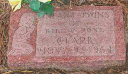 CLARK, UNNAMED INFANT TWINS - Lawrence County, Arkansas | UNNAMED INFANT TWINS CLARK - Arkansas Gravestone Photos