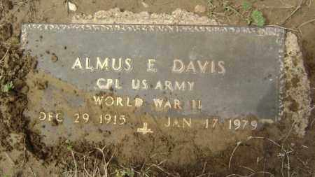 DAVIS  (VETERAN WWII), ALMUS E - Lawrence County, Arkansas | ALMUS E DAVIS  (VETERAN WWII) - Arkansas Gravestone Photos