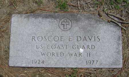 DAVIS  (VETERAN WWII), ROSCOE EUGENE - Lawrence County, Arkansas | ROSCOE EUGENE DAVIS  (VETERAN WWII) - Arkansas Gravestone Photos