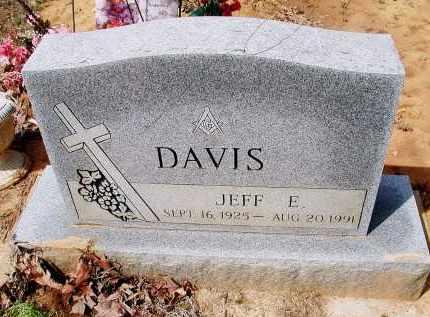 "DAVIS, JEFFERSON EUGENE ""JEFF"" - Lawrence County, Arkansas | JEFFERSON EUGENE ""JEFF"" DAVIS - Arkansas Gravestone Photos"