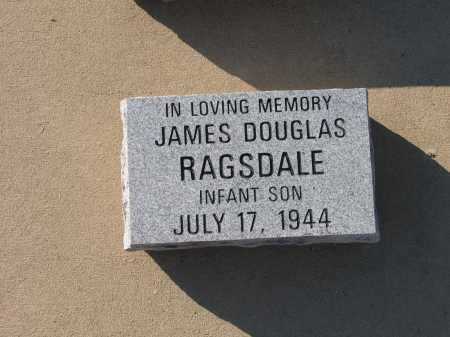 RAGSDALE, JAMES DOUGLAS - Lawrence County, Arkansas | JAMES DOUGLAS RAGSDALE - Arkansas Gravestone Photos