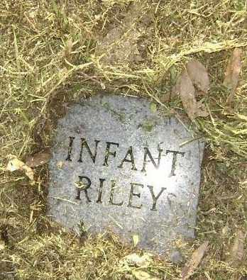 RILEY, INFANT - Lawrence County, Arkansas | INFANT RILEY - Arkansas Gravestone Photos