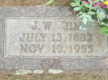 "ABLES, J W ""JIM"" (CLOSEUP) - Logan County, Arkansas 