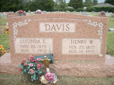 DAVIS, LUCINDA E. - Logan County, Arkansas | LUCINDA E. DAVIS - Arkansas Gravestone Photos