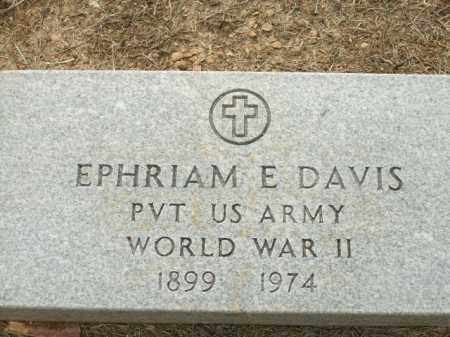 DAVIS (VETERAN WWII), EPHRIAM E - Logan County, Arkansas | EPHRIAM E DAVIS (VETERAN WWII) - Arkansas Gravestone Photos