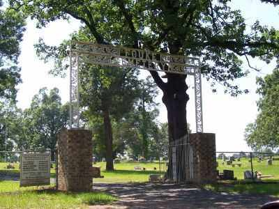 *FOUKE CEMETERY ENTRANCE,  - Miller County, Arkansas |  *FOUKE CEMETERY ENTRANCE - Arkansas Gravestone Photos