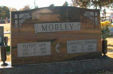 MOBLEY, LAWRENCE EDWARD - Mississippi County, Arkansas | LAWRENCE EDWARD MOBLEY - Arkansas Gravestone Photos