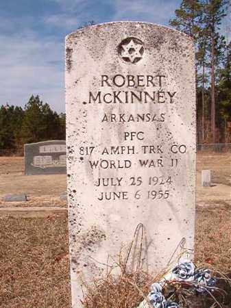 MCKINNEY (VETERAN WWII), ROBERT - Nevada County, Arkansas | ROBERT MCKINNEY (VETERAN WWII) - Arkansas Gravestone Photos