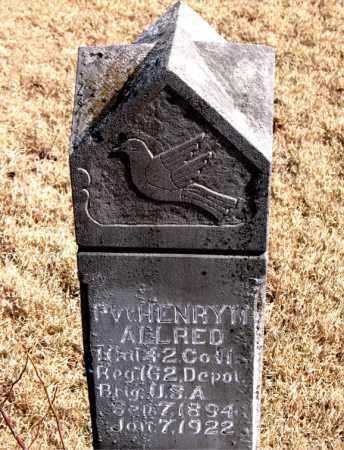 ALLRED  (VETERAN), HENRY M - Newton County, Arkansas   HENRY M ALLRED  (VETERAN) - Arkansas Gravestone Photos
