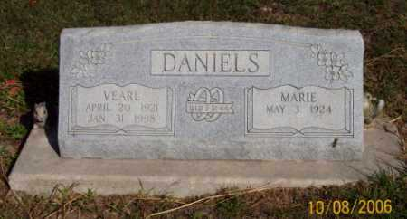 DANIELS, VEARL - Newton County, Arkansas | VEARL DANIELS - Arkansas Gravestone Photos