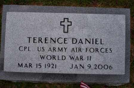 DANIEL (VETERAN WWII), TERENCE - Ouachita County, Arkansas | TERENCE DANIEL (VETERAN WWII) - Arkansas Gravestone Photos