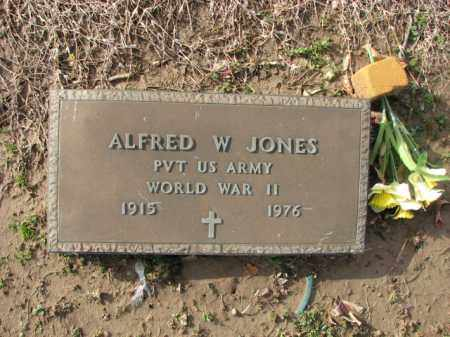 JONES (VETERAN WWII), ALFRED W - Poinsett County, Arkansas | ALFRED W JONES (VETERAN WWII) - Arkansas Gravestone Photos