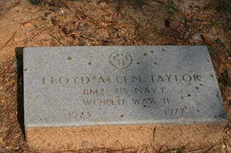 TAYLOR (VETERAN WWII), LLOYD ALLEN - Polk County, Arkansas | LLOYD ALLEN TAYLOR (VETERAN WWII) - Arkansas Gravestone Photos