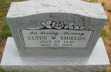 SHIELDS, CLYDE W - Pope County, Arkansas | CLYDE W SHIELDS - Arkansas Gravestone Photos