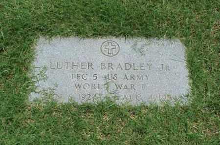BRADLEY, JR (VETERAN WWII), LUTHER - Pulaski County, Arkansas | LUTHER BRADLEY, JR (VETERAN WWII) - Arkansas Gravestone Photos