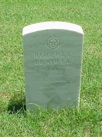 BRADLEY (VETERAN WWII), ROBERT E - Pulaski County, Arkansas | ROBERT E BRADLEY (VETERAN WWII) - Arkansas Gravestone Photos
