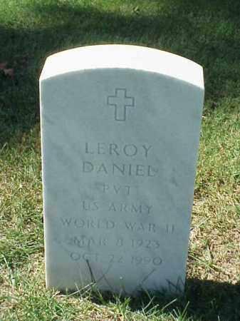 DANIEL (VETERAN WWII), LEROY - Pulaski County, Arkansas | LEROY DANIEL (VETERAN WWII) - Arkansas Gravestone Photos