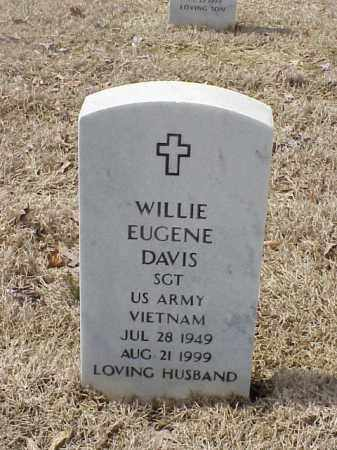 DAVIS  (VETERAN (VIET), WILLIE EUGENE - Pulaski County, Arkansas | WILLIE EUGENE DAVIS  (VETERAN (VIET) - Arkansas Gravestone Photos