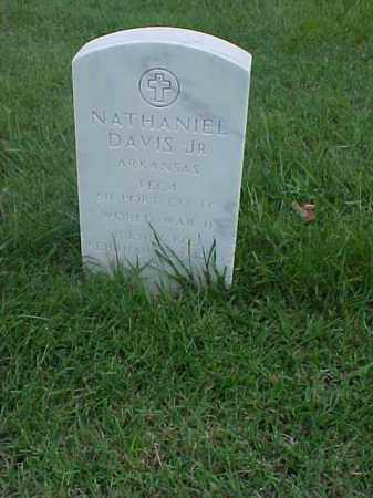 DAVIS, JR (VETERAN WWII), NATHANIEL - Pulaski County, Arkansas | NATHANIEL DAVIS, JR (VETERAN WWII) - Arkansas Gravestone Photos