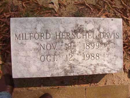 DAVIS, MILFORD HERSCHEL - Pulaski County, Arkansas | MILFORD HERSCHEL DAVIS - Arkansas Gravestone Photos