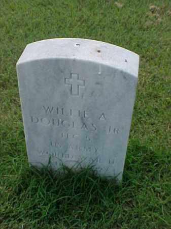 DOUGLAS, JR (VETERAN WWII), WILLIE A - Pulaski County, Arkansas | WILLIE A DOUGLAS, JR (VETERAN WWII) - Arkansas Gravestone Photos