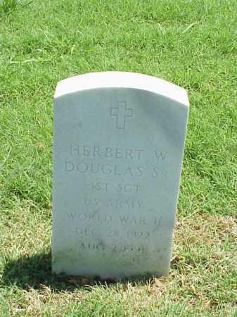 DOUGLAS, SR (VETERAN WWII), HERBERT W - Pulaski County, Arkansas | HERBERT W DOUGLAS, SR (VETERAN WWII) - Arkansas Gravestone Photos